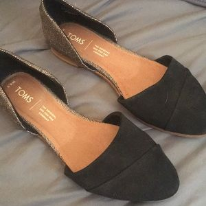 Toms Flats in Gold/Black